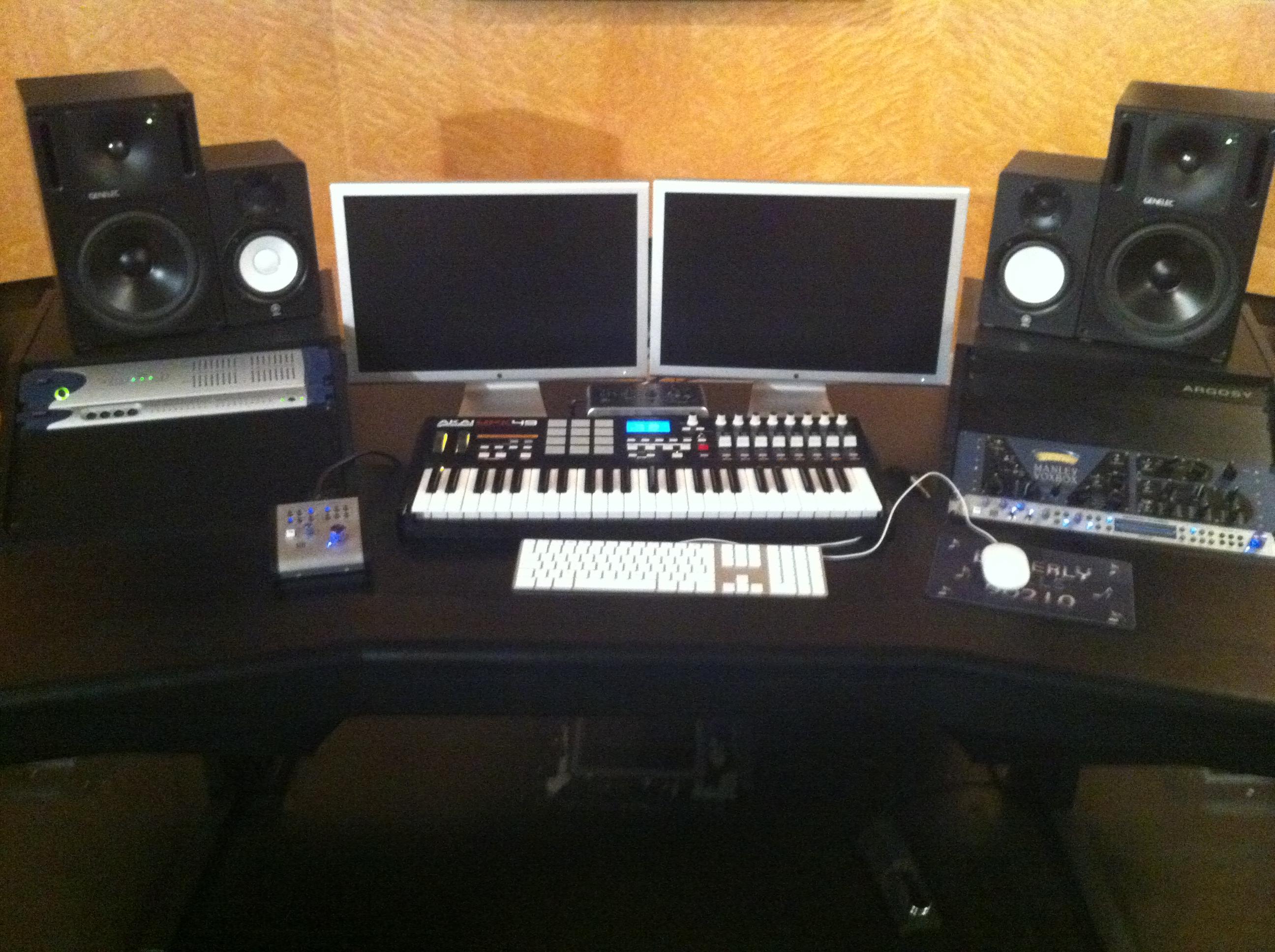 recording console desk plans